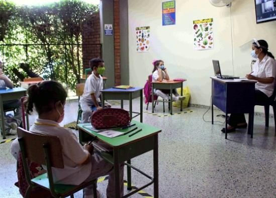 """""""No hay garantías para volver a clases"""": ADEM"""