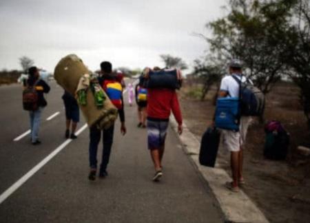 """""""Quienes sean un problema serán deportados"""": Harman"""