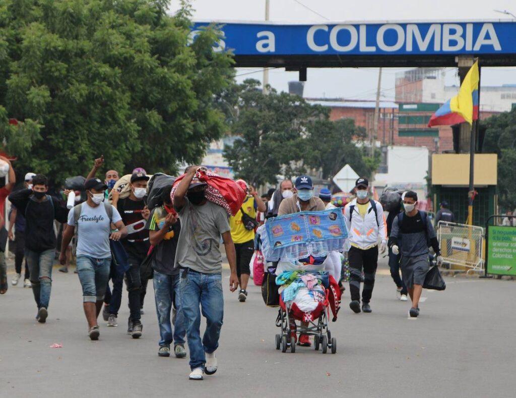 1,7 millones de inmigrantes venezolanos en Colombia.