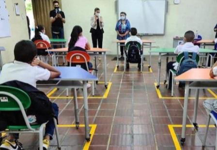 Sigue el temor por el covid en las aulas de clase
